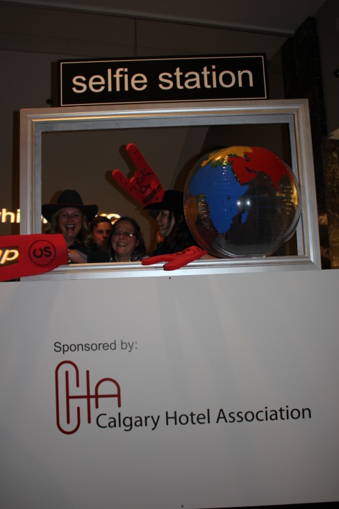 Before going into the ceremony,  some of our nominees had fun at the selfie station