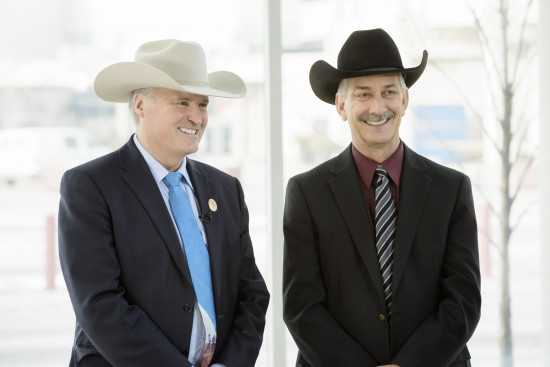 president & chairman of the board of directors, Bill Gray (L), chief executive officer, Warren Connell (R)